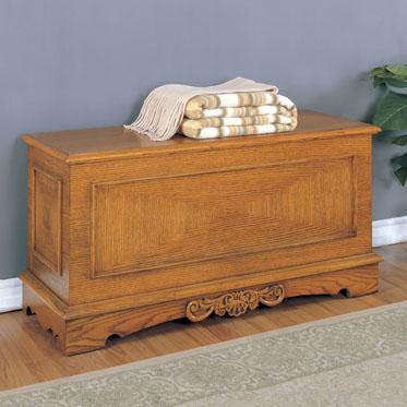 Nostalgic Oak Cedar Chest Furniture