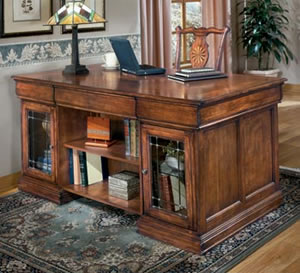 Glen Eagle Executive Desk Top Furniture Times Com