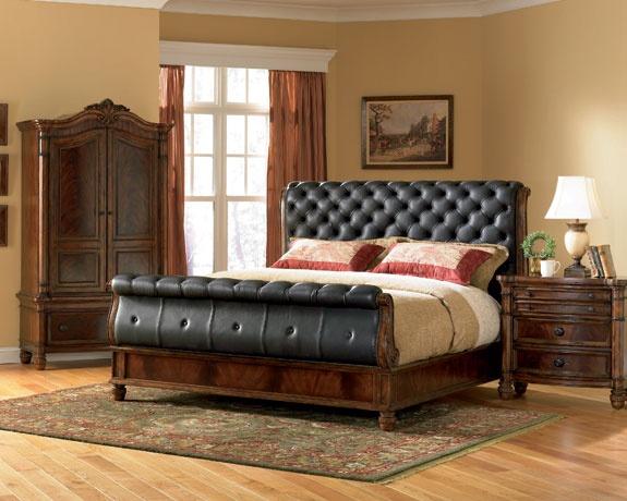 Carson Manor Bedroom Furniture