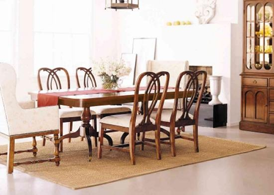 https://furniture-times.com/wp-content/uploads/2017/01/portsmouth_rectangular_table_foto.jpg
